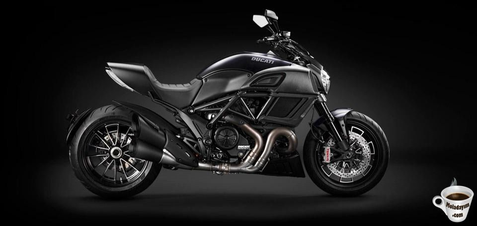 2015-Ducati-diavelDark -Motorcycle