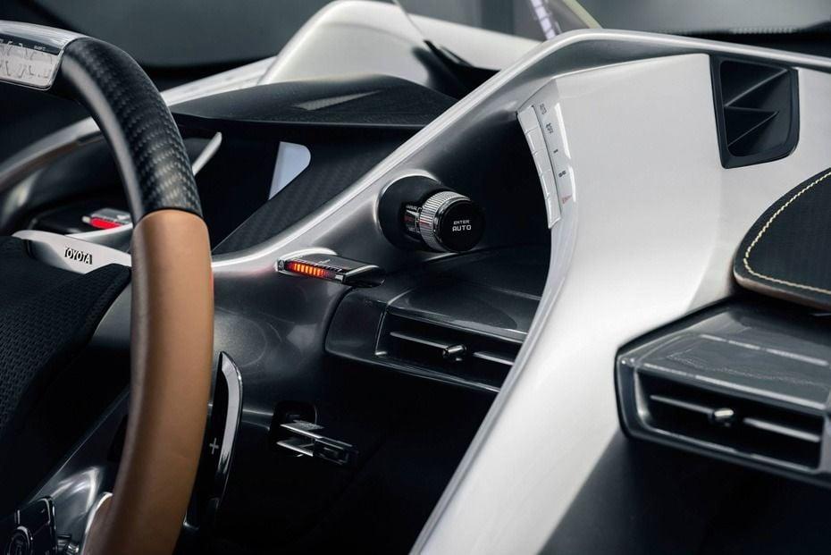 2015-Toyota-Supra-FT-1-Concept-Graphite-Dash