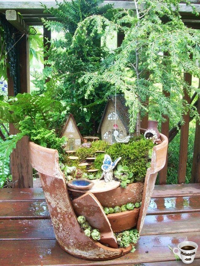 cool-broken-pot-tiny-house